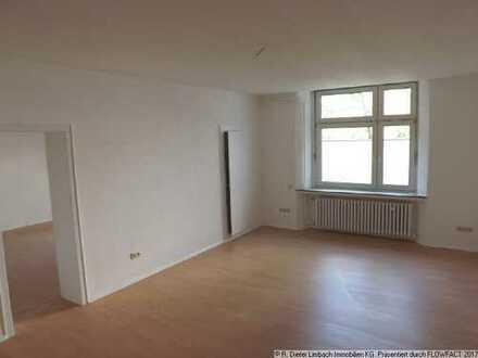 Ca. 96 m² Bürofläche im Souterrain eines schönen Altbaus