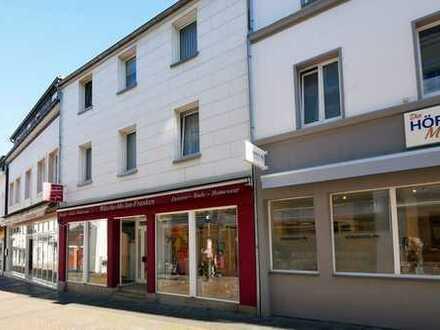 Wohn- und Geschäftshaus in der Fußgängerzone von Bad Honnef