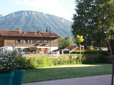 Herrliche 4-Zimmer-Whg. in zentraler Lage in Pfronten mit Bergblick