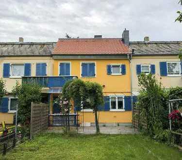 Kernsaniertes Haus mit drei Zimmern in Frankfurt, Griesheim