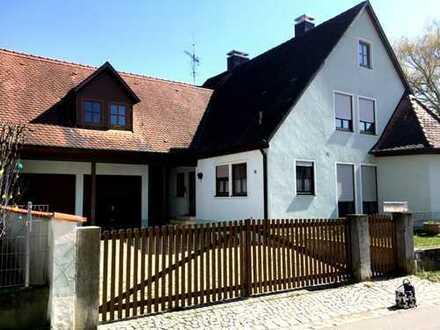 Geräumiges Landhaus mit großem Außenbereich !