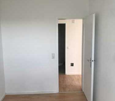 Top moderne & helle 3-Zimmer-Wohnung, Erstbezug nach Renovierung