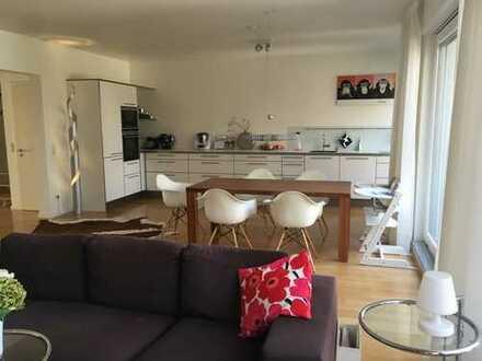 Traumhaft schöne und exklusive Dachgeschoss-Maisonette-Wohnung provisionsfrei vom Eigentümer