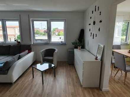 Neuwertige 4-Zimmer-Wohnung mit Balkon und Einbauküche in Baltringen