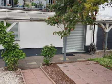 Stilvolle, sanierte 3-Zimmer-Erdgeschosswohnung mit Einbauküche in Darmstadt