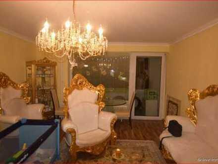 Sehr gepflegte 2-Zimmer-Wohnung mit Balkon in ruhiger Lage