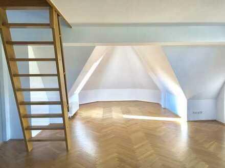 Extravagantes Wohnen - Maisonettewohnung direkt am Großen Garten im wunderschönen Dresden