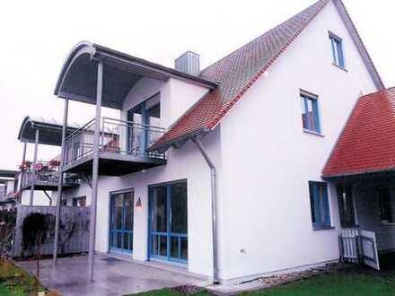 Wunderschöne Doppelhaushälfte, Garage, Abstellraum in herrlich ruhiger Wohnlage