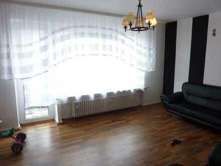 3-Zimmer-Wohnung in zentraler Lage mit Balkon 70 m²