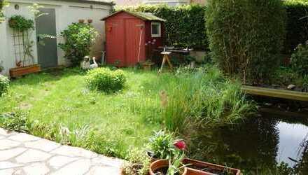 Für mich - für uns - genau richtig! 2-Zimmer-Erdgeschoss-Wohnung mit Garten, EBK und Garage!