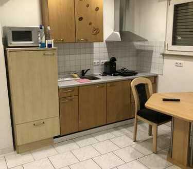 Gepflegte Wohnung mit einem Zimmer und EBK in Esslingen am Neckar