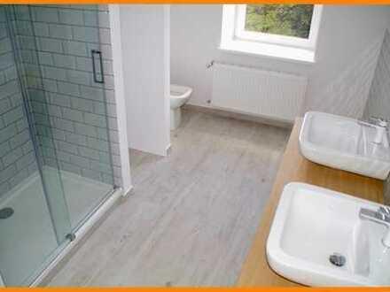 ♥ ♥ ♥imposante 4-Raum-Wohnung +Designer Bad,Parkett + Balkon sucht Langzeitbeziehung♥ ♥ ♥