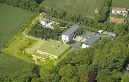 Multifunktionsgebäude für Produktion und Büro nahe Dresden-Nord (25min)