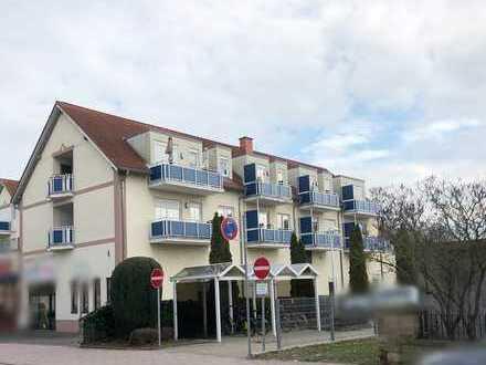 Kandel: DG 2ZKB Wohnung mit Balkon, zentrale Lage