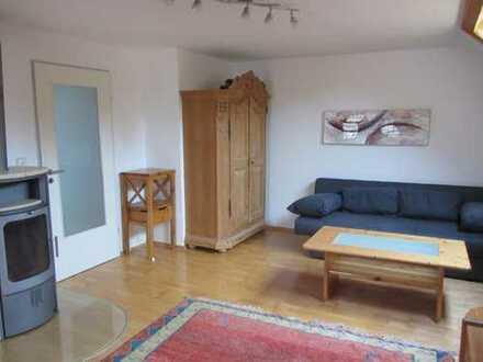 gemütliche möblierte 3 Zimmer DG Wohnung in Fürstenried Warm 1490 EUR
