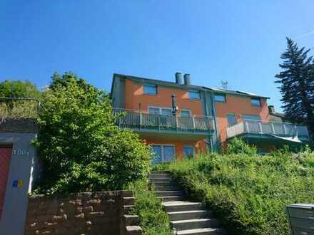 Stilvolle 3-Zimmer-Maisonette-Wohnung mit Balkon und Garten in Tübingen