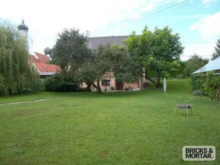 Großes Grundstück mit Altbestand (Zweifamilienhaus) - Nachverdichtungsmöglichkeit besteht