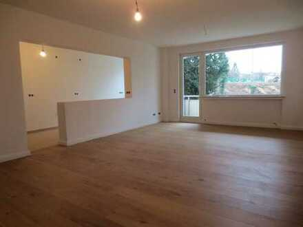 Parkstr.! Modernisierte 3-Zimmer-Wohnung mit gr. Südbalkon!