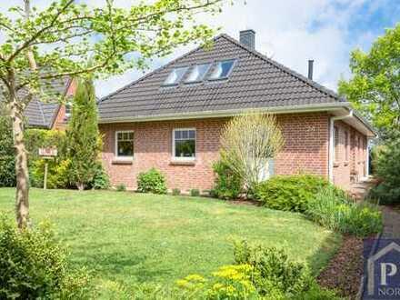 Schöner Bungalow mit 178 m² Gesamtfläche in idyllischer Feldrandlage