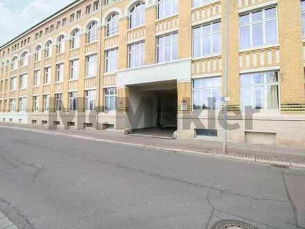 Gut geschnittene, helle 1-Zi.-ETW mit Balkon und Stellplatz in zentrumsnaher Lage