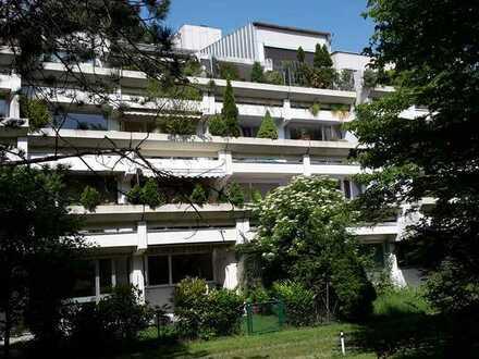 Von Privat! Traumhaft ruhige Wohnung mit Blick ins Grüne in zentraler Lage
