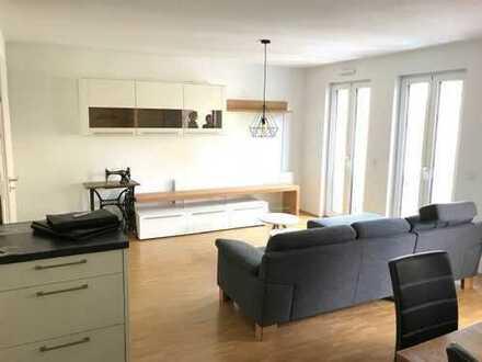 Neuwertige & helle 2-Zimmer-Wohnung mit Einbauküche & TG-Stellplatz in Bestlage!
