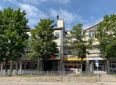 Selbstbezug oder Kapitalanlage: geräumiger Laden, Büro, Kindergarten, Kanzlei im Herzen von Gauting!