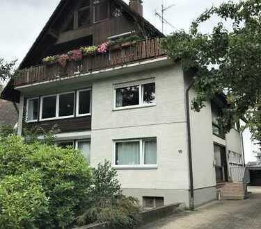 Sehr schöne 4-Zi-Wohnung in grüner, gepflegter Wohngegend von Kirchzarten