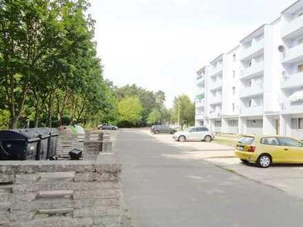 Super-Renovierte-1-Raum-Wohngung mit Balkon, Besichtigung unter TEL.0172/3954517