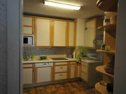 Gepflegte 4-Zimmer-Erdgeschosswohnung mit Terasse und Einbauküche in Germersheim (Kreis