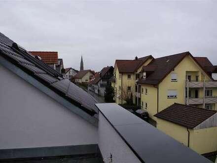 Miete! Neubau: Zentrumsnahe hochwertige 4-Zimmer-Dachgeschoss-Wohnung mit großer Dachterrasse