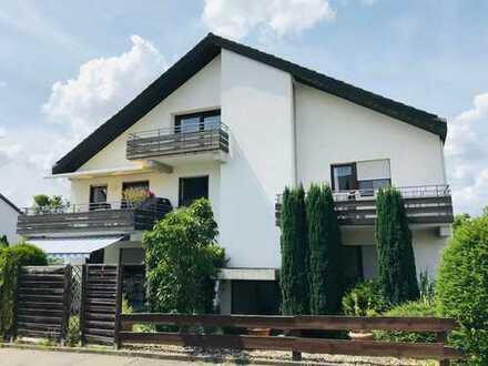 ETW auf zwei Etagen   3 Balkone + Terrasse   2 Stellplätze