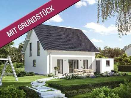 Stilvoll bis ins Detail! - Wohnen in Weixdorf-Gomlitz, über 550m² Grundstück