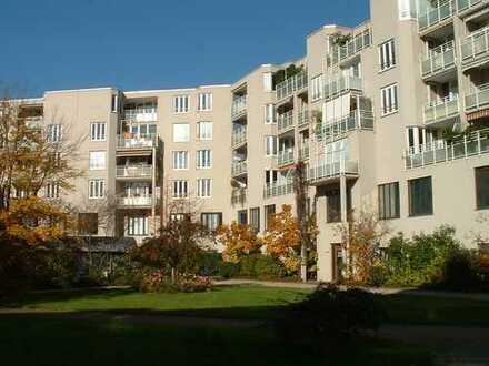 Gepflegte 3-Zimmer-Wohnung mit Balkon und EBK in Karlsruhe