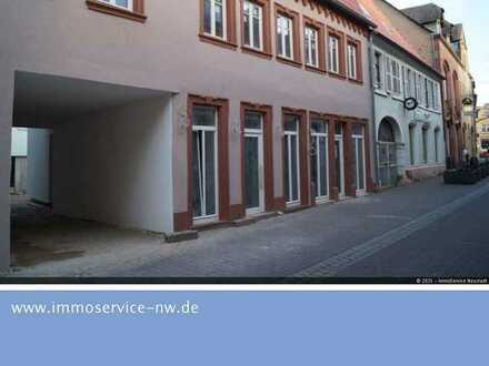 Ladenlokal 1A Lage in der Fußgängerzone von Edenkoben.