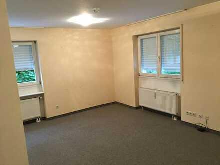 Gepflegte 1,5-Zimmer-Wohnung mit Balkon in Backnang Maubach