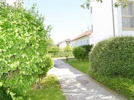 Schöne sanierte 2-Zimmer-EG-Wohnung in Kolbermoor mit neuer EBK + zwei Terrassen