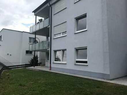Zwei Zimmer Wohnung, plus Wohnküche an der Frischluftschneiße zu Esslingen