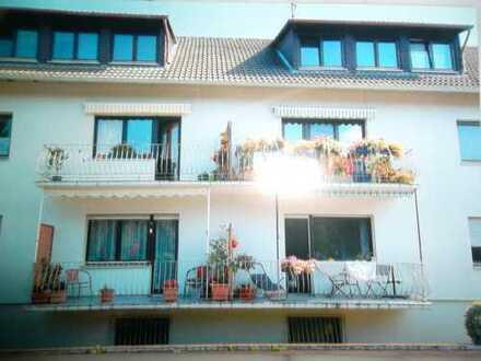 Helle 3-Zimmer-Dachgeschoss-Wohnung in Bruchköbel Nieder-Issigheim