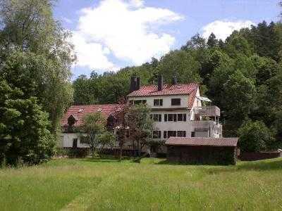 Pirmasens Trulben 6 Zi.Wohnung,Balkon,Terrasse,Garten, idyll. Waldrandlage
