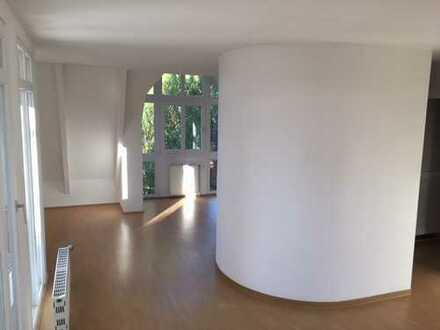 Licht-durchflutete 2-Zimmer-Single-Wohnung in Bremen-Vegesack