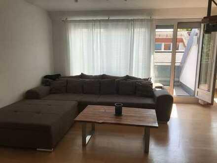 MÖBLIERT: Schöne drei Zimmer Maisonetten-Wohnung in Nellingen