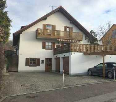 Gr. Doppelhaushälfte im bayrischen Landhausstil * NEU saniert * Pellets HZ * EBK *