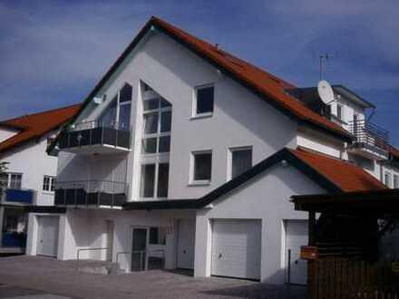 Exklusive, sehr gepflegte 4-Zimmer-Wohnung mit Terasse, Garten und EBK in Bruchsal