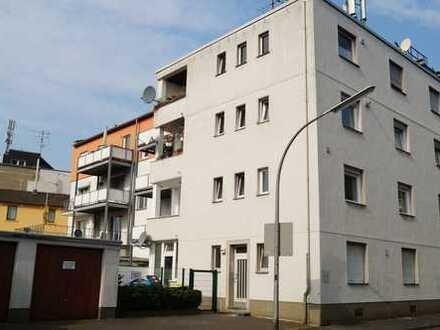 Schöne neu durchrenovierte drei Zimmer Wohnung in Köln, Holweide