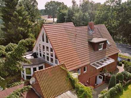 Einfamilienhaus mit Gewerbeeinheit in Lüneburg (Kreis), Lüneburg