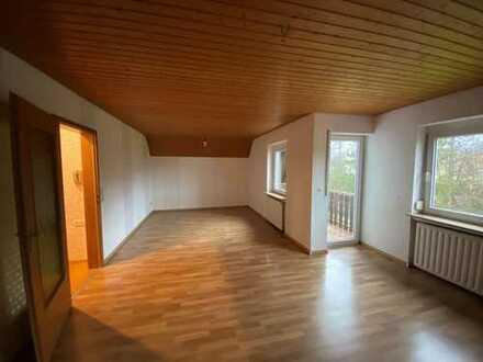 5-Zimmer-Dachgeschosswohnung mit Balkon in Schwäbisch Hall Teilort Wielandsweiler