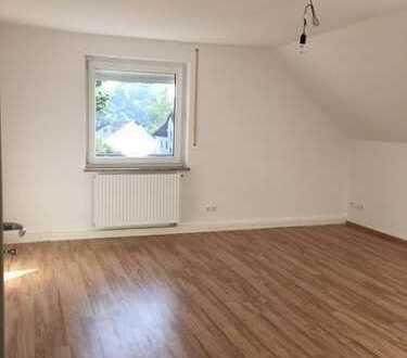 Neu, helle Dachgeschoßwohnung in Welden