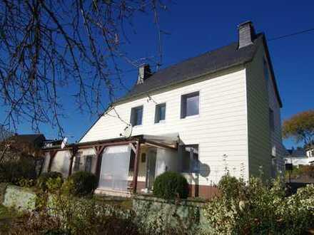 Top-Angebot ! Bezugsfreies, freistehendes Einfamilienhaus in Sonnenlage