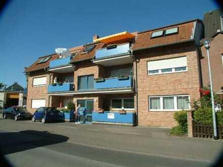 Pulheim-Stadt: moderne 3-Zimmerwohnung Wohnung mit Loggia